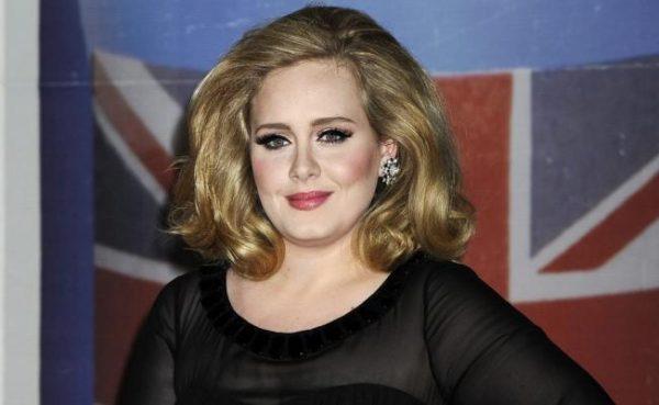 """Disco """"25"""" de Adele, el más vendido de 2016"""