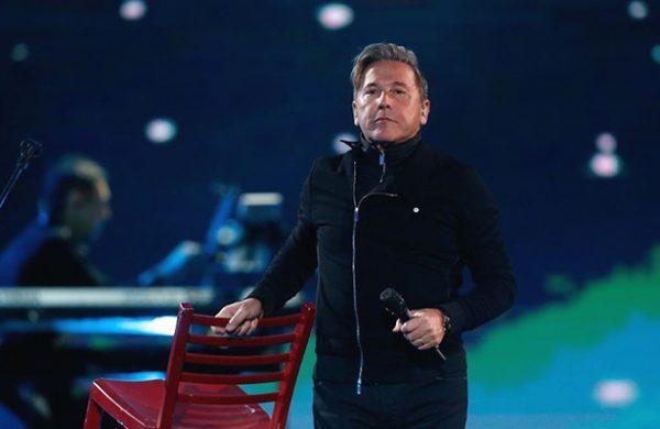 Ricardo Montaner hace un gigantesco karaoke