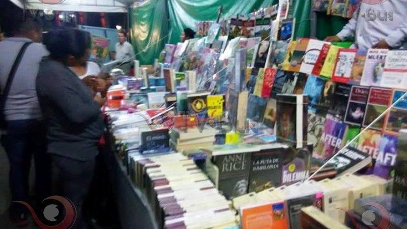 Inauguran feria del libro en Tuxtepec