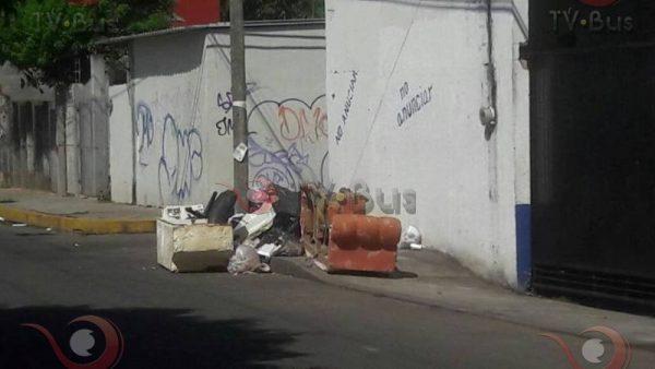 Demandan contenedor de basura en la colonia Santa Fe