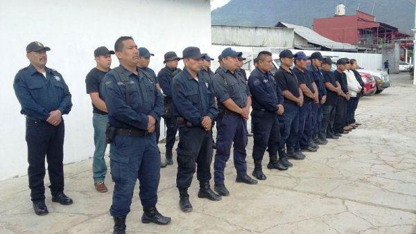 Buscan profesionalizar a policías de Valle Nacional