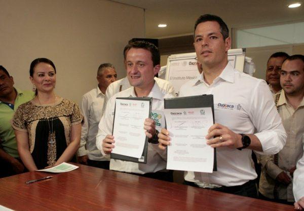 Oaxaca se suma a la compra consolidada de medicinas con el IMSS