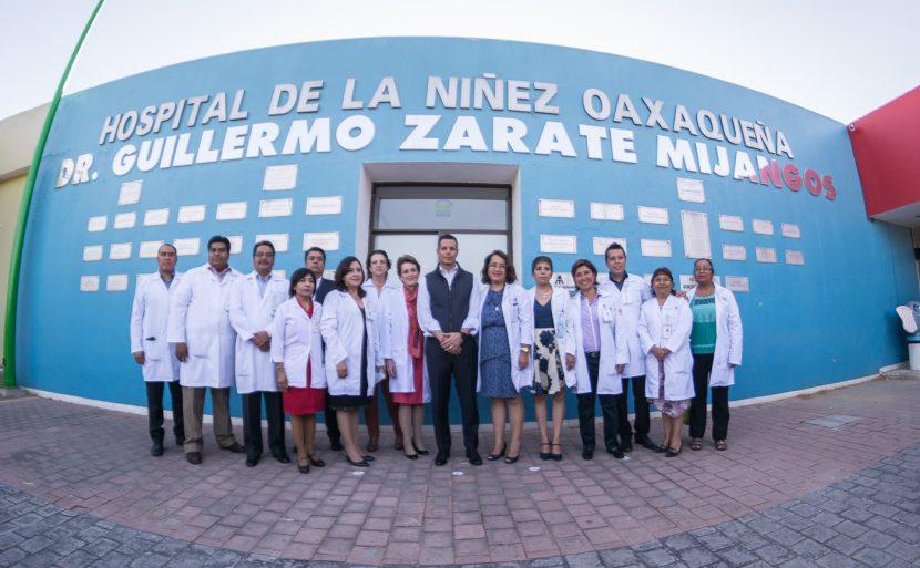 Murat se compromete a brindar atención integral al Hospital de la Niñez Oaxaqueña