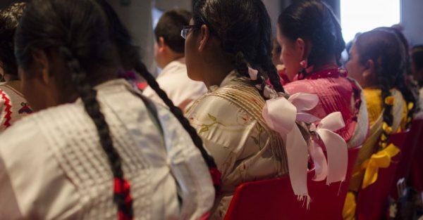 """Indígena Mixteca es """"castigada"""" a latigazos por intentar formar parte del cabildo"""