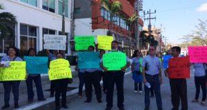 Trabajadores de Conalep de Salina Cruz piden destitución del director y representante estatal