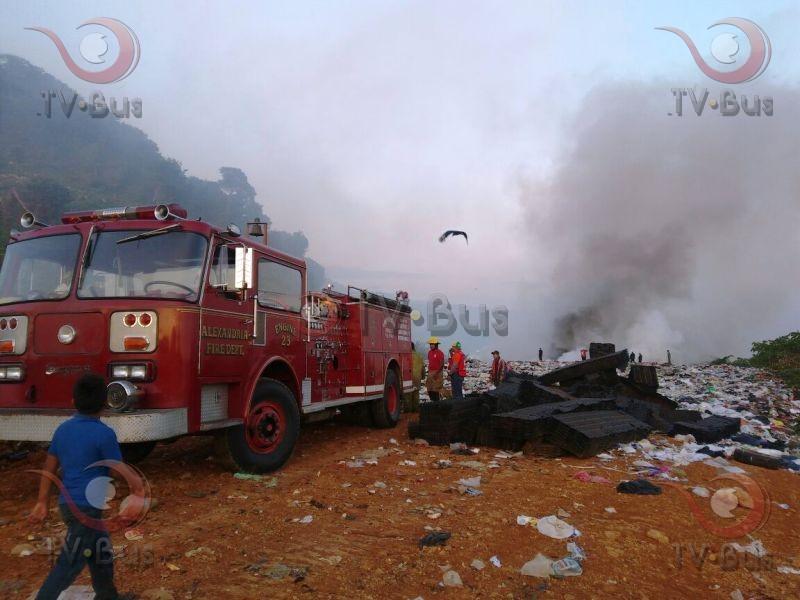 #FOTOS  Incendio en basurero de Tuxtepec