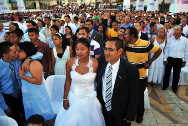 Tuxtepec entre los primeros lugares en participación de bodas colectivas
