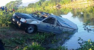 Vuelca carroza en Tehuantepec y muere su conductor