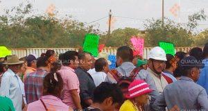 Bloquean accesos a refinería del Istmo de Oaxaca