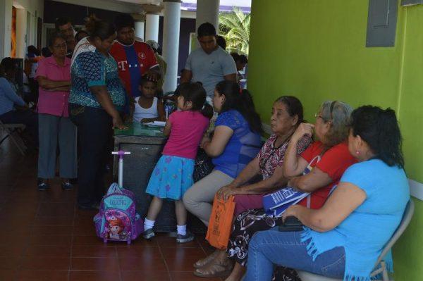 Capta DIF  de Tuxtepec pacientes para cirugías  oftalmológicas