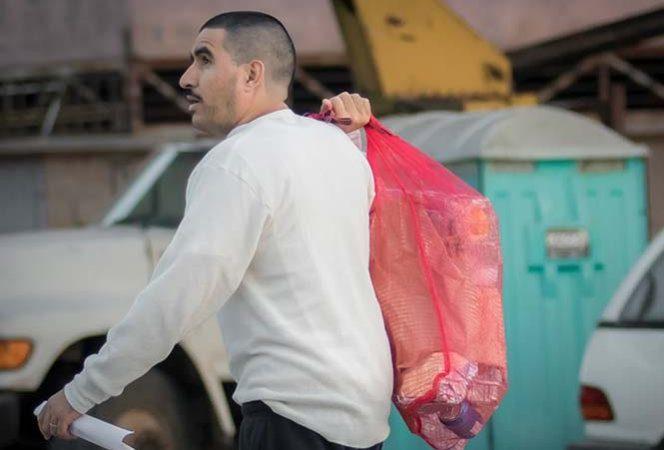 Mexicanos deportados podrán recuperar bienes que dejaron en EU
