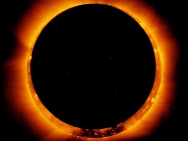 Cómo y en qué horarios se verá el eclipse de este domingo