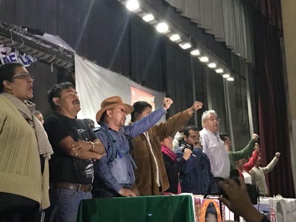 Llaman padres de los 43 normalistas a la unidad para combatir la impunidad en el país