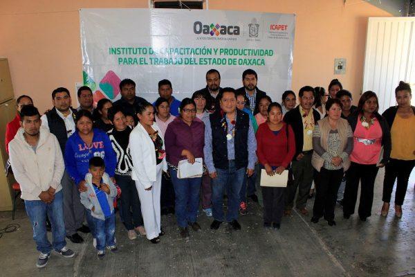 Reactiva Icapet plantel de Tlaxiaco luego de 10 años sin servicio por conflictos agrarios