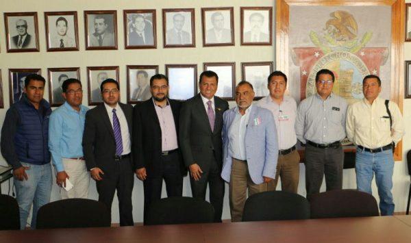 Establece el Dip. Local Samuel Gurrión agenda de trabajo con el Colegio de Ingenieros Civiles