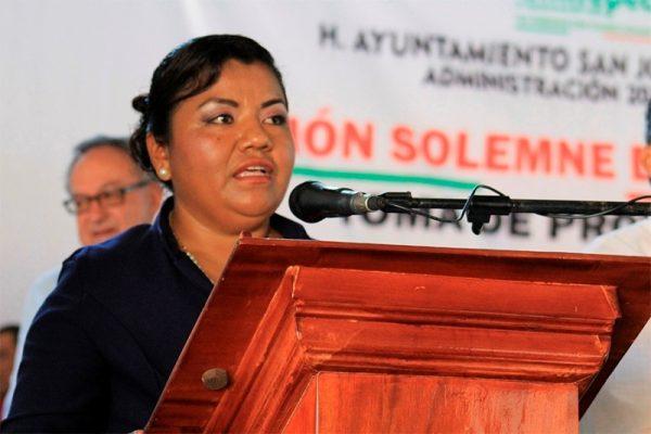 Presidenta de Chiltepec viola la ley, hace elecciones sin convocatoria