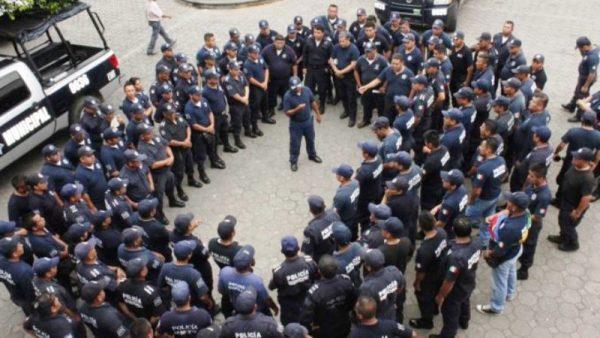 Tras inconformidad, reajustarán salario de policías