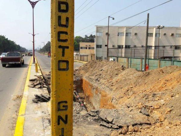 Reparan gasoducto, autoridades ignoran los trabajos
