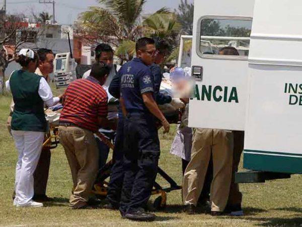 Continuá grave periodista baleado; lo trasladaron a hospital en Veracruz