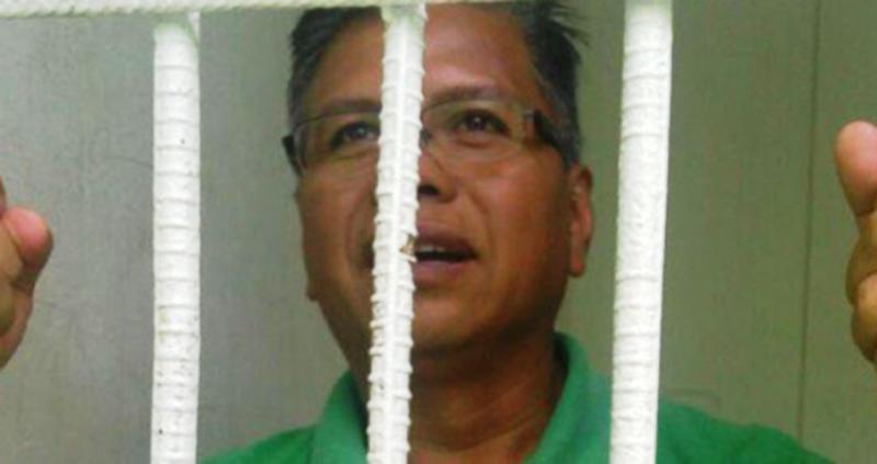 Detienen y encarcelan a periodista en Matías Romero