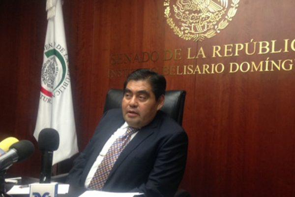 Tras 23 años, Barbosa anuncia su renuncia al PRD