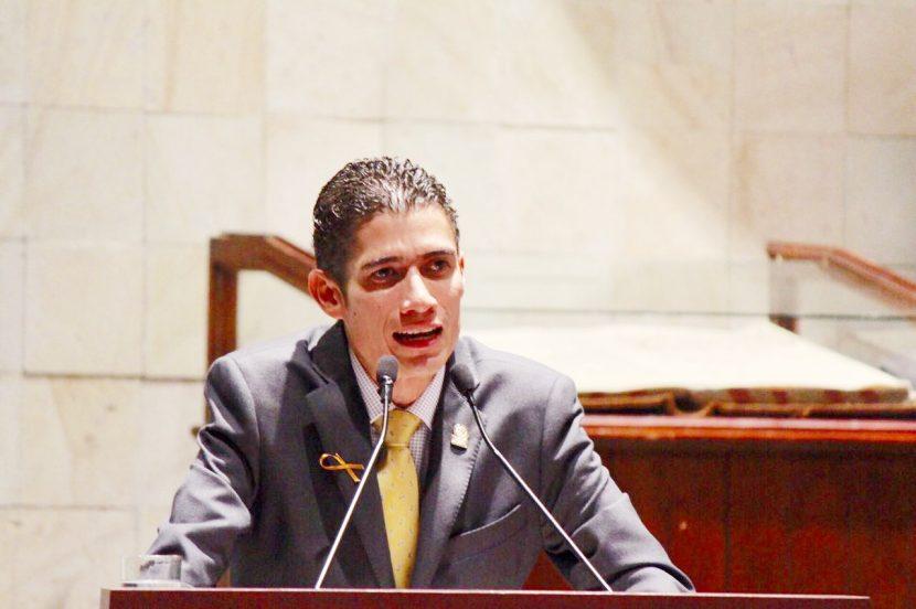 Presentará Fernando Huerta iniciativa a favor de las mujeres