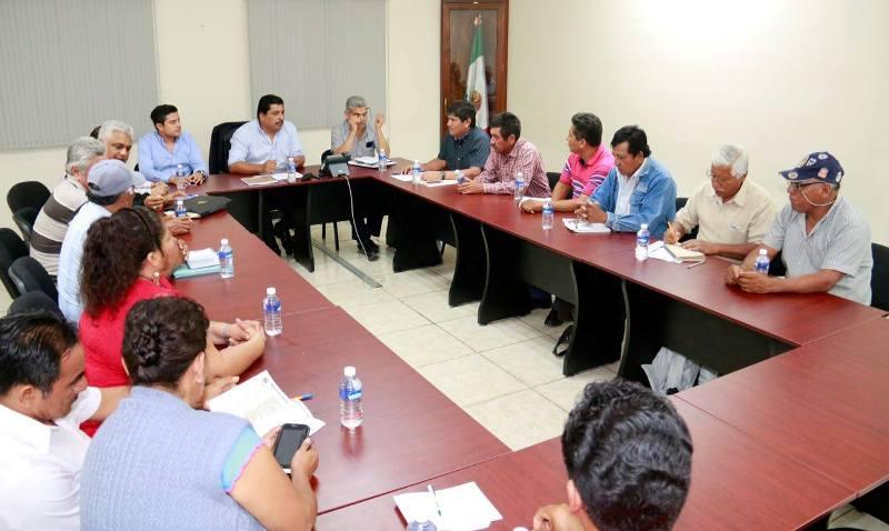 Gestión del Diputado Samuel Gurrión permite mesa de diálogo con transportistas de Jalapa del Marqués