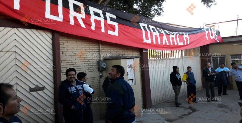 Choferes suspenden servicio de transporte en Oaxaca