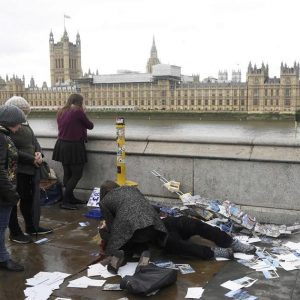 "Incidente ""terrorista"" deja heridos en Londres +FOTOS"