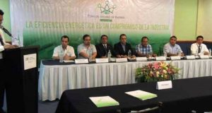 Realiza CFE en Huatulco