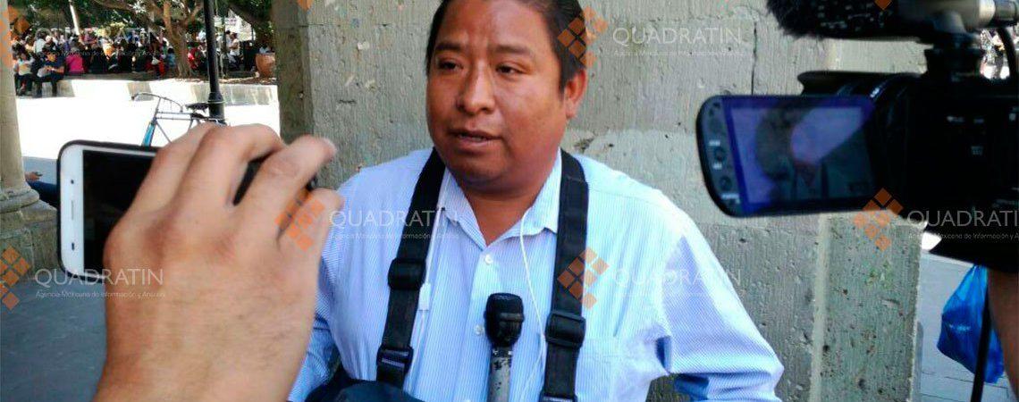 """""""Policías me dispararon con el gas"""", asegura el reportero Hugo Velasco"""