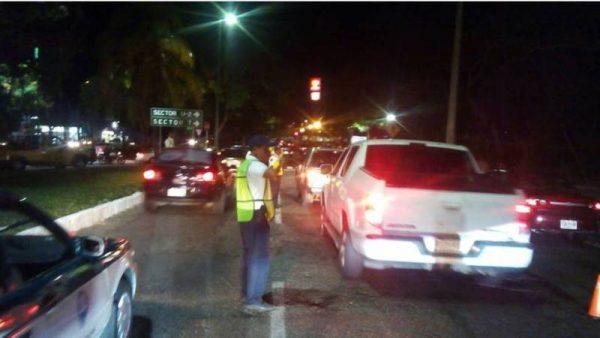 Informa policía vial estatal resultados de la aplicación triple del operativo alcoholímetro en la entidad