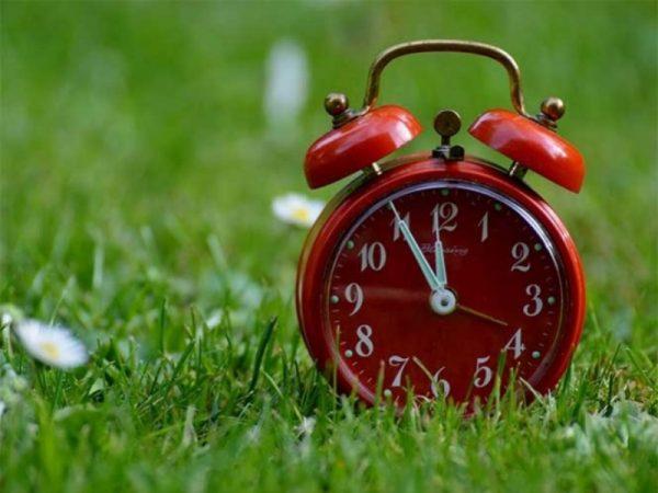 No olvide adelantar su reloj, mañana inicia el Horario de Verano