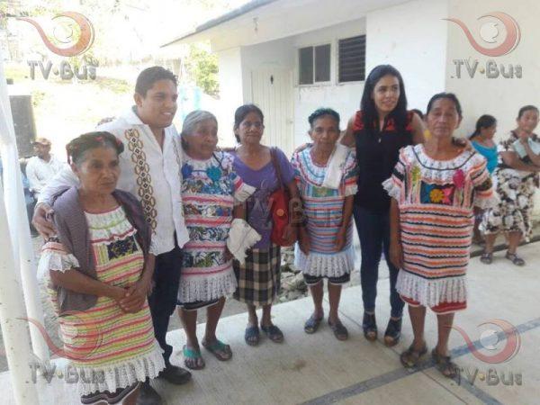 Atiende edil de Jalapa necesidades de Playa Chica