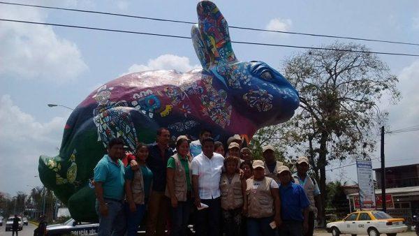 Develan monumento de conejo para mostar identidad de Tuxtepec
