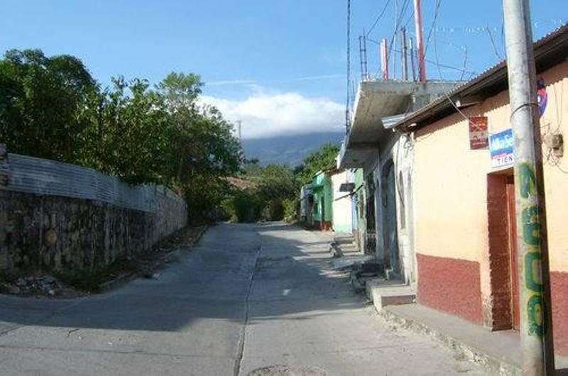 Nueva balacera en Jalapa, cierran negocios por pánico