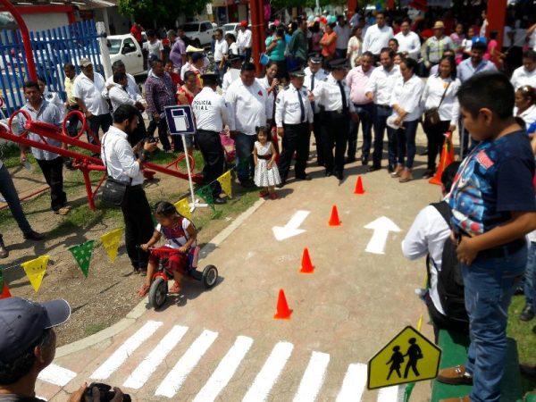 Realiza  DIF estatal  5a Feria de Inclusión Infantil en Valle Nacional