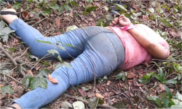 Hallan cuerpo de mujer sin cabeza en Tuxtepec
