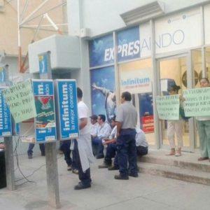 Trabajadores de TELMEX se manifestaron en Oaxaca