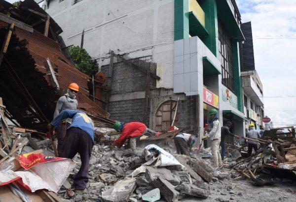 Sismo de 7.2 grados sacude Filipinas
