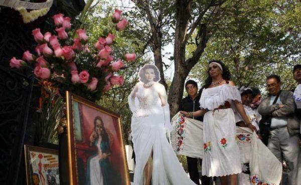 Rinden homenaje a María Félix a 15 años de su muerte