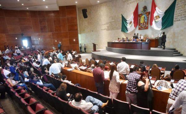 Elimina Legislativo de Oaxaca figura de administrador municipal