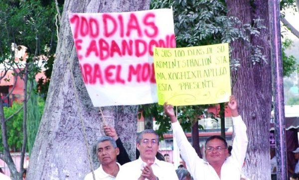 Protestan habitantes del Molino en informe de 100 días