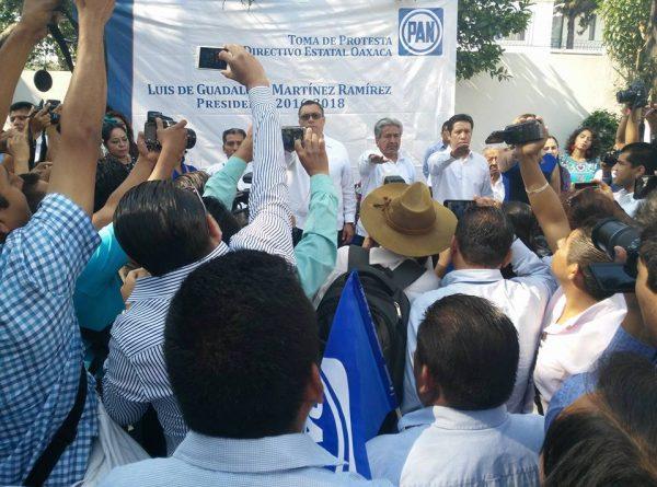 Rinde protesta Luis de Guadalupe como dirigente del PAN en Oaxaca
