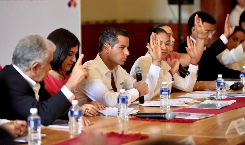 Alejandro Murat anunció medidas para erradicar violencia contra las mujeres