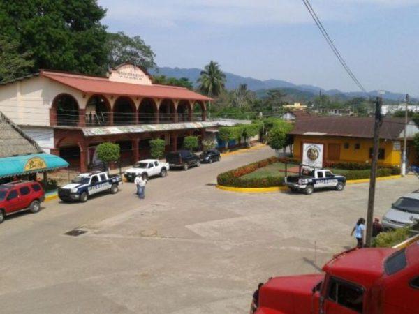Ayuntamiento de Chiltepec cancela permisos para cantinas