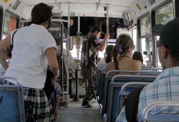 Preocupa a familias de Tuxtepec incremento al transporte
