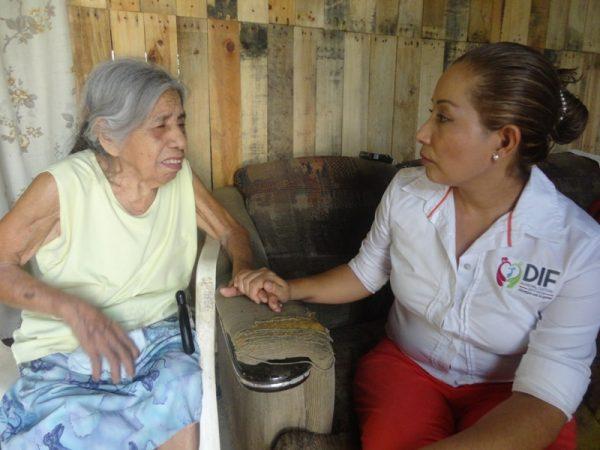 Pensar en las personas y servirles es el camino: María Luisa Vallejo