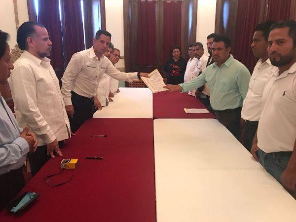 Recibe Gobierno de Oaxaca, demandas de la Sección XXII