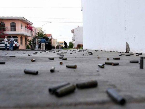 Reportan ataque armado en Sola de Vega con saldo de un muerto; piden policías
